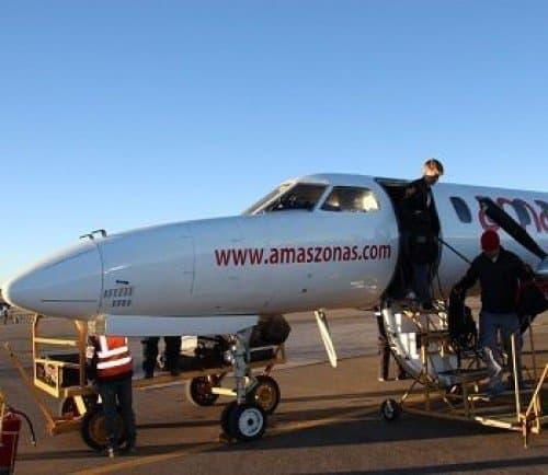 Travel from La Paz to Uyuni by plane